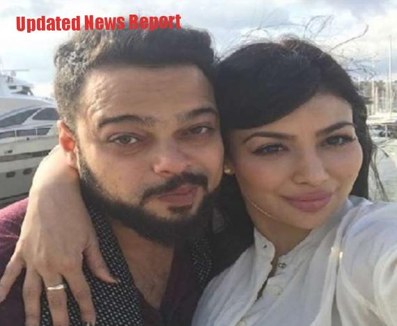 Ayesha Takia's Husband Farhan Extends A Helping Hand