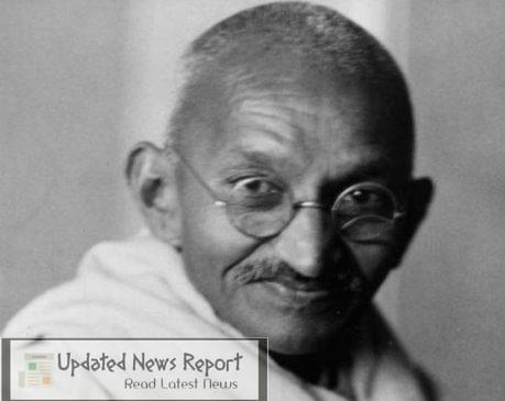 Protesters in US disbanded the statue of Mahatma Gandhi outside the Indian Embassy